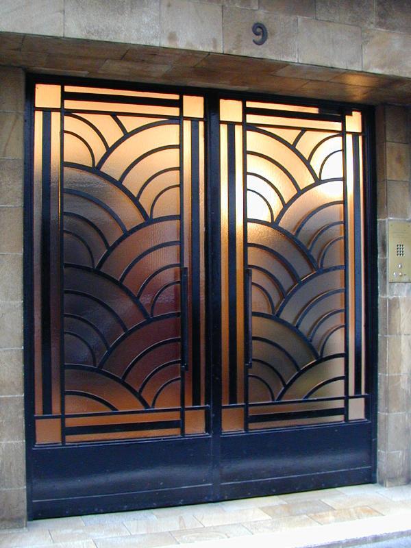 Paris france 9 rue vavin door for Art deco interior doors home
