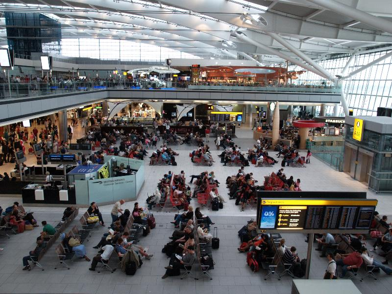 how to go from cambridge to heathrow airport